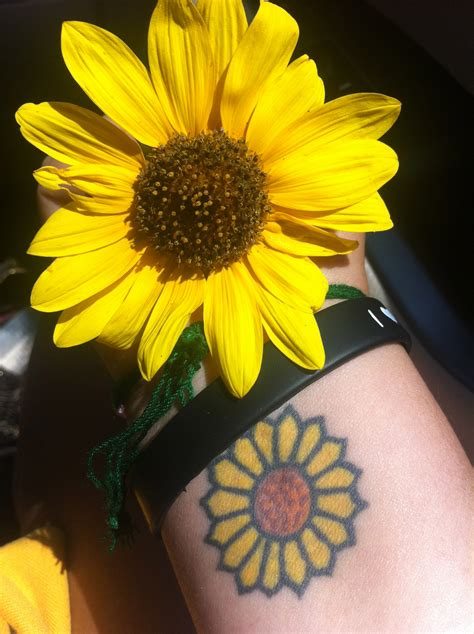 sunflower designs for tattoos sunflower tattoos designs ideas and meaning tattoos for you