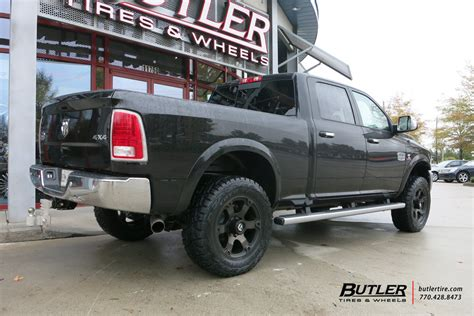 ram 2500 custom wheels ram 2500 custom wheels fuel vapor 20x et tire size