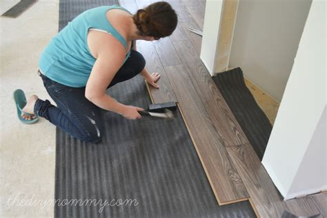 laminate flooring cutting laminate flooring around doors
