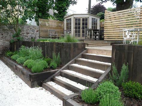 Sleeper Steps Garden by 1000 Images About Sunken Garden On Gardens