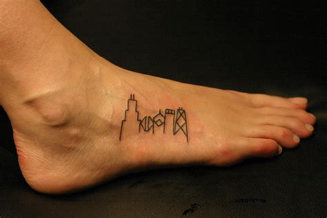 chicago skyline tattoo 30 simple tattoos which look awesome creativefan