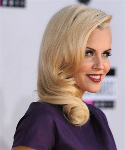 hairstyle of jenny mccarthy on the view jenny mccarthy long wavy formal hairstyle light blonde