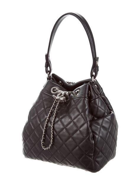 chanel  small chain bucket drawstring bag handbags