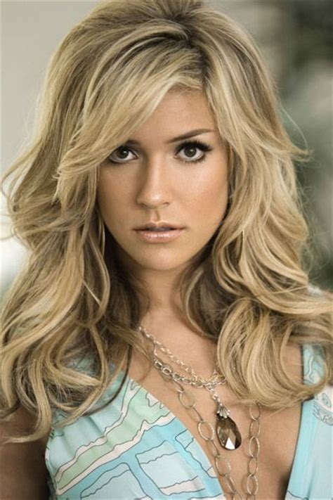 pictures of the ladies long curly layered haircut called the gypsy cut from the 1970s 11 best hairstyles for women with diamond shaped face
