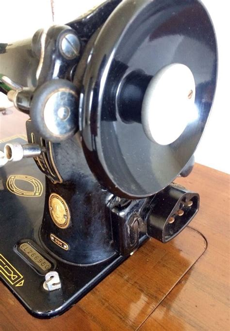 retro sewing machine table 29 best vintage singer sewing machine images on