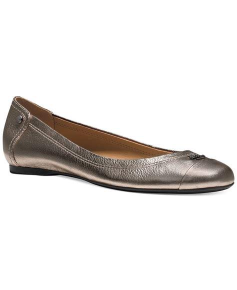 flat shoes coach coach chelsea flats flat shoes shops and coaches