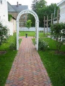 Ideas For Brick Sidewalk Design Girlshopes