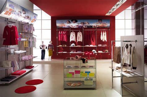 arredamento negozio abbigliamento arredamento negozi abbigliamento appenderia cromato