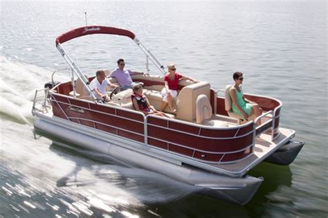 pontoon boat reviews 2015 2015 sweetwater 2286 pontoon boat review boatdealers ca