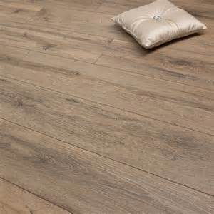 medium oak 8mm premier elite laminate flooring