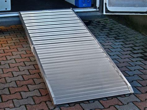 pedana di carico disponibili nuovi modelli di re in alluminio per furgoni