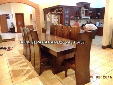 Meja Makan Solid Wood terlaris harga murah meja kursi makan trembesi