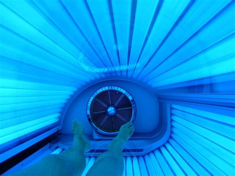 the link between spray tans and cancer tanning bed risks