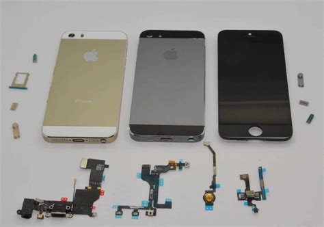 iphone 5 s colors apple iphone 5s new colours pictured grey and gold models