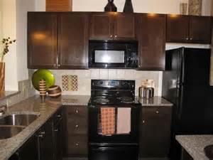 Granite Countertops With Black Appliances black appliances granite countertops in all kitchens yelp