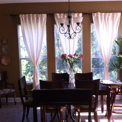 swag curtains for dining room 37 best images about swag curtains dining and living room