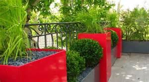 d 233 coration balcon avec plantes
