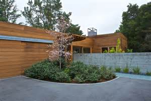 Contemporary ranch house terra ferma landscapes