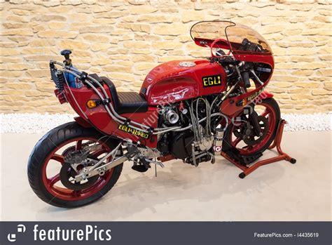 Egli Motorrad Tuning by Picture Of Egli Turbo Kawasaki Racing Motorcycle