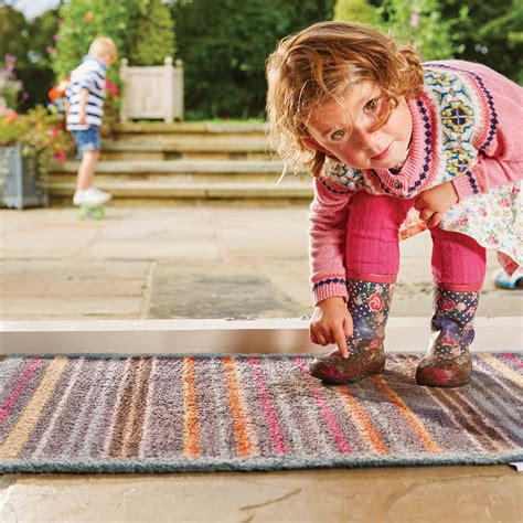 best rugs for allergies the causes of rug allergies and suitable rugs the rug seller