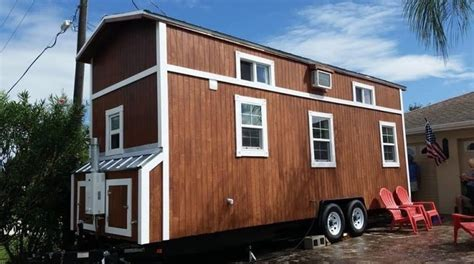 small homes on wheels the tiny house movement 33 tiny house pictures epic