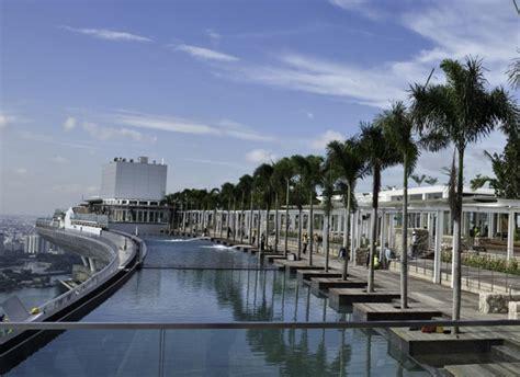 marina bay sands infinity pool entrance fee infinity pool on 55th floor of singapore hotel laur s