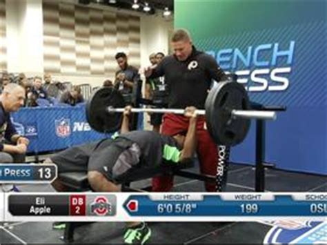 nfl combine bench press rules maurice canady honors fallen police officer at nfl combine