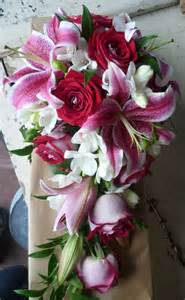 tippetts florist flowers oadby stargazer and shower bouquet