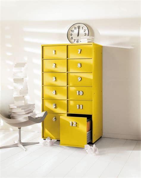 mobile a cassetti mobile a cassetti giallo per la casa e l ufficio idfdesign