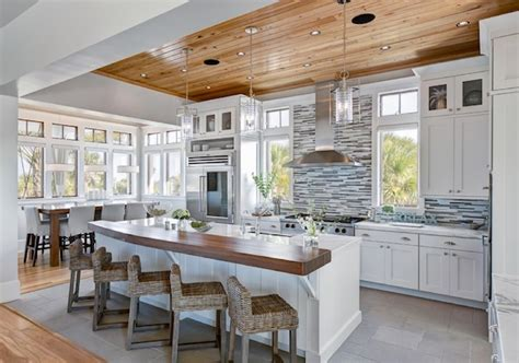 tips on choosing the tile for your kitchen backsplash choosing the ideal backsplash for your kitchen