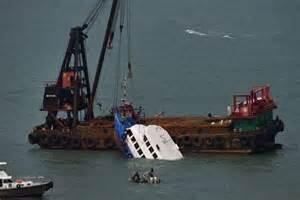 boat crash hong kong wreck examined for clues to hong kong ferry disaster