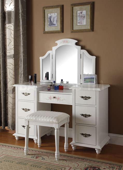 White Vanity Table With Mirror 301 Moved Permanently