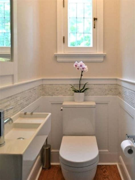 wainscot tile best 25 wainscoting in bathroom ideas on