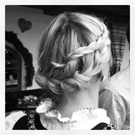 hairstyles for oktoberfest 1000 images about oktoberfest hairstyle on pinterest