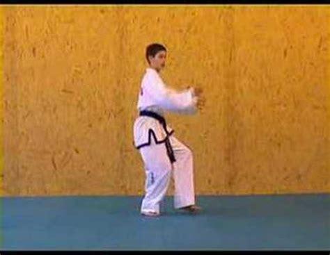 youtube taekwondo pattern 2 itf taekwon do patterns 2 of 14 saju makgi youtube