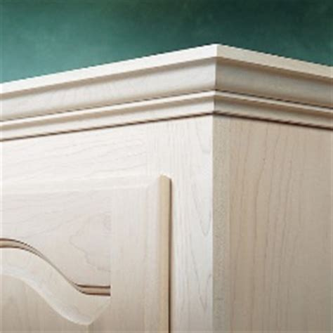 Diy Crown Molding On Cabinets by Cabinet Crown Molding Crown Molding Tips Diy Crown Molding
