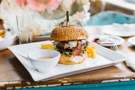 cuisine burger free images dish meal fast food cuisine hamburger