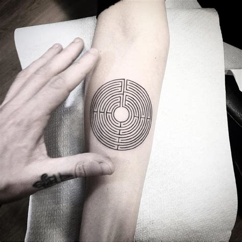 maze tattoo designs labyrinth fashioviral net leading lifesyle