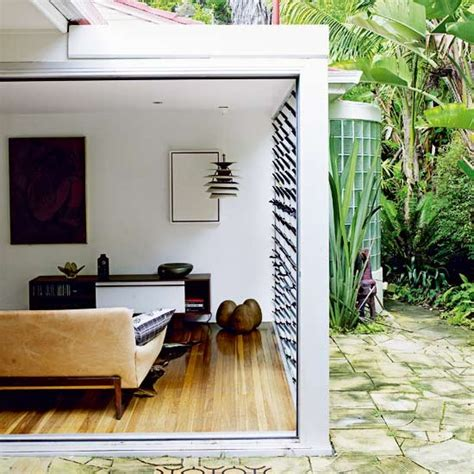 Indoor Outdoor Living Room by Indoor Outdoor Living Room Take A Tour Around A Tropical