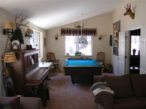 pool table in living room big bear california cabin rental