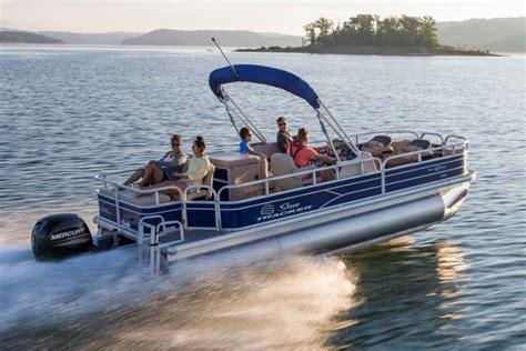 bass pro pontoon boats 2017 sun tracker boats fishing pontoons 2017 fishin barge