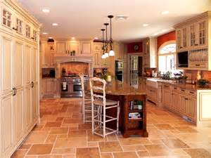 Tuscany Kitchen Cabinets by Tuscan Inspired Kitchen Cabinets By Graber