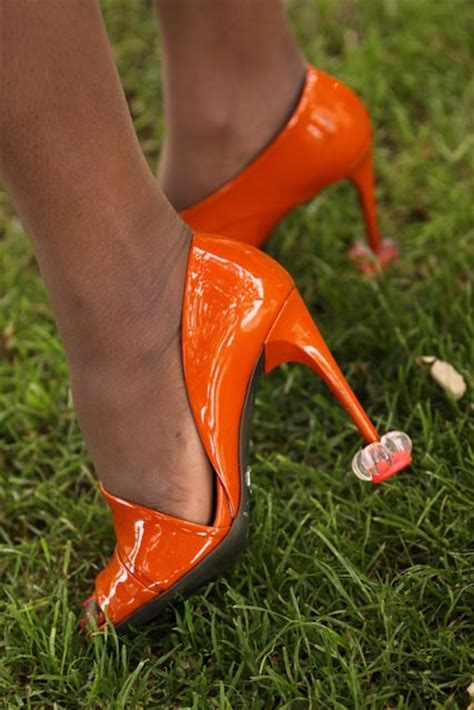 high heel grass protectors royal mail starlettos to send heel guards to kate middleton