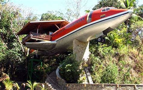 strange house plans airplane house from strange houses and weird homes strange houses pinterest