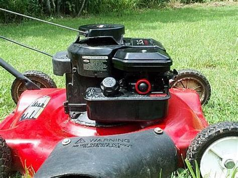 Briggs And Stratton Lawn Mower Model 90000 - how to replace briggs lawnmower primer bulb