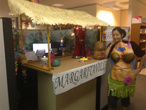 margaritaville home decor margaritaville themed cubicle decoration decorating ideas