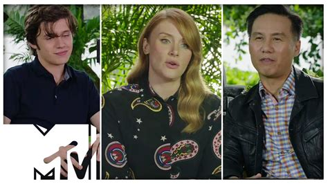 jurassic world casting extras 2015 auditions database jurassic world 2 cast talk sequel plans mtv youtube