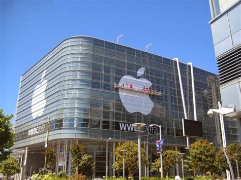 apple company sports scandal apple beats google in patent case