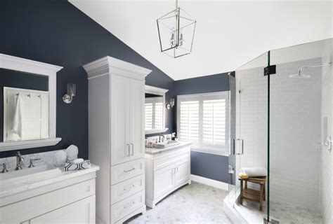navy and white bathroom coastal cottage with whitewashed ceiling home bunch interior design ideas