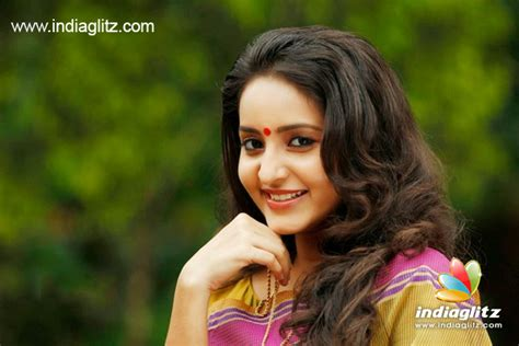 actress bhama films actress bhama on her lost opportunity in film vettah